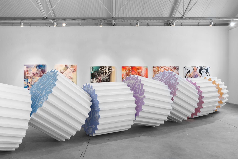 Column Versus exhibition Lisbon Pichiavo