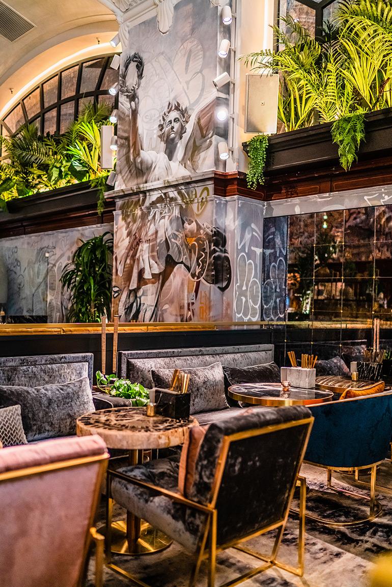 V Restaurant Downtown Los Angeles Pichiavo